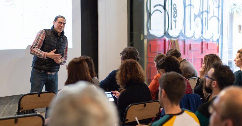 Intelygenz employee David Diez giving a talk